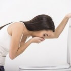 Buikpijn en diarree, geen eetlust, overgeven, moe, hoofdpijn