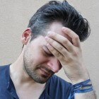 Verhoogde schedeldruk: oorzaken en behandeling