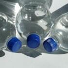 Wat te doen bij blaasontsteking? Drink water en cranberry