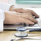 Slokdarmzweer: symptomen & behandeling van zweer in slokdarm