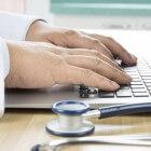 PCOS: symptomen, oorzaak, behandeling en zwanger worden