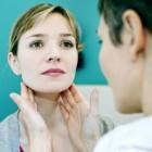 Bult in de hals: oorzaken van kleine of grote bobbel in hals