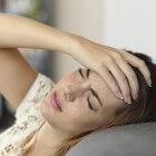 Menstruele migraine: symptomen, oorzaak en behandeling