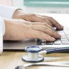 Pijn aan testikel: zeurende pijn linker of rechter teelbal