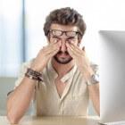 Trillend ooglid en hoofdpijn: oorzaken en behandeling