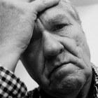 Hoofdpijn bij opstaan uit bed: oorzaken van ochtendhoofdpijn