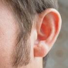 Knobbeltje achter het oor: oorzaak van bult achter het oor