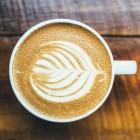 Urine ruikt naar koffie: oorzaken van koffiegeur van urine