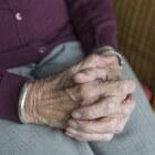 Kramp in hand of vingers: oorzaken van vinger- & handkrampen