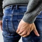 Pijn in de bil: symptomen en oorzaken van pijnlijke billen