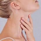 Huiduitslag in de hals: oorzaken, behandeling en preventie