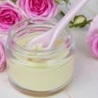 Hyaluronzuur: Gezondheidsvoordelen vochtvasthoudende stof
