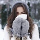 Verkoudheid: verstopte neus, niezen, koorts, keelpijn, hoest