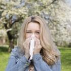 Hooikoorts: symptomen, medicijnen en hooikoortstabletten