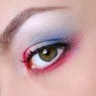 Make-up rond de ogen: Veilig gebruik van oogcosmetica