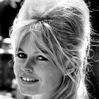 Brigitte Bardot kapsels, vrouwelijk, stijlvol en trendy