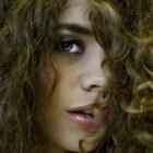 Hoe maak je krullen in je haar?