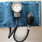 Bloeddrukmeter kopen, waar dien je op te letten?