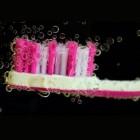 Zwarte tandpasta met actieve houtskool voor witte tanden
