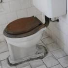 Handen wassen na toiletbezoek vaak overdreven en zinloos