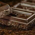 Bloeddruk verlagen met chocolade: pure chocolade & bloeddruk