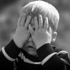 Bloed ophoesten kind: oorzaken, symptomen en behandeling