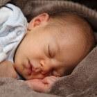 Waarom heeft een baby fontanellen op het hoofdje?