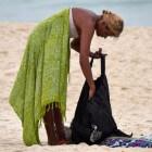 De pareo: veelzijdig kledingstuk voor op het strand