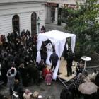 Waarom draagt een Joodse bruid een sluier voor haar gezicht?