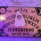 De psychograaf: een mogelijke voorloper van het Ouijabord