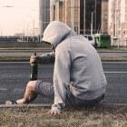 Verschillende oorzaken voor alcoholverslaving
