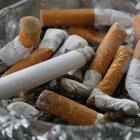 Stop met roken, want je partner zoent met een vieze asbak