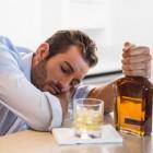 Rode neus door alcohol met adertjes, ontsteking, huidatrofie