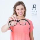 Welk soort brilmontuur bij dikke glazen?