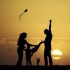 Een kind krijgen maakt niet gelukkiger, integendeel zelfs