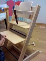 Oude Houten Kinderstoel.Klassieke Kinderstoelen Van Stokke Mens En Gezondheid Kinderen