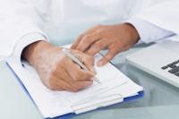 Afscheiding En Rugpijn Oorzaken Symptomen En Behandeling Mens